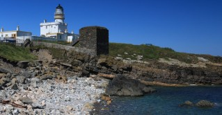 Kinneard Head Lighthouse und Wine Tower
