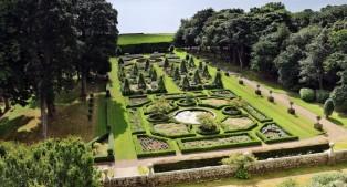 Vorbild die Gärten von Versailles