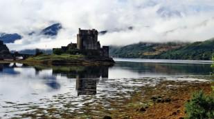 Eileen Donan Castle noch düster...