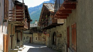 ...mit hübschen alten Häusern