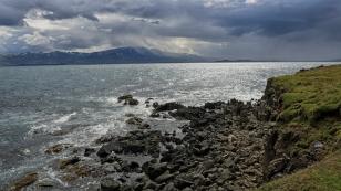 Düsternis über dem Vopnafjörður