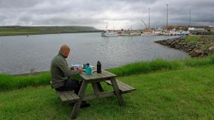 Mittagspause in Þórshöfn