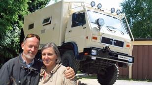 Eine sehr große Hilfe bei der Vorbereitung unserer Reise waren Marion und Michael, die vor Jahren selbst die Panamericana gefahren sind und auch jetzt noch durch die Welt reisen. Vielen Dank an Euch Beide! www.alaska-bis-feuerland.com