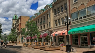 Eine kleinere Einkaufspromenade...