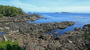 Schroffe Felsbuchten am Pazifik