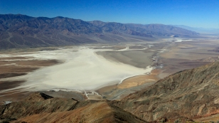 Badwater Basin vom Dante's View...