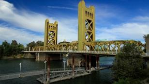 """Die wirkliche """"Golden Gate Bridge"""""""