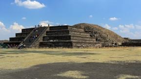 Templo de Quetzalcóatl...