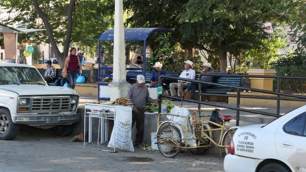 ...aber auch Straßenverkäufer