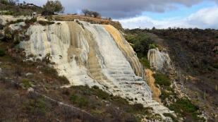 Von weitem sind die Wasserfälle...