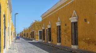 Überall gelbe Häuser...