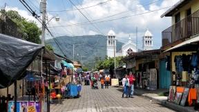 Spaziergang durch Juayúa...