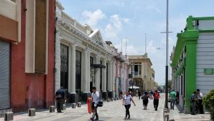 Straße zum Parque Libertad