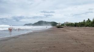 ...breite Strand von Jaco