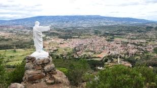 ...mit der Jesusstatue