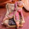 Auch kleine Keramikgegenstände gehören zur Einrichtung