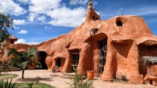 größte Keramikwerk der Welt bezeichnet...