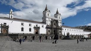 ...mit dem gleichnamigen Kloster und der Kirche