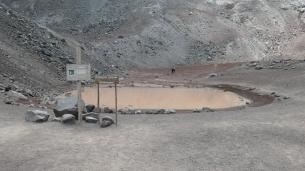 ...zur kleinen Lagune Condor Cocha