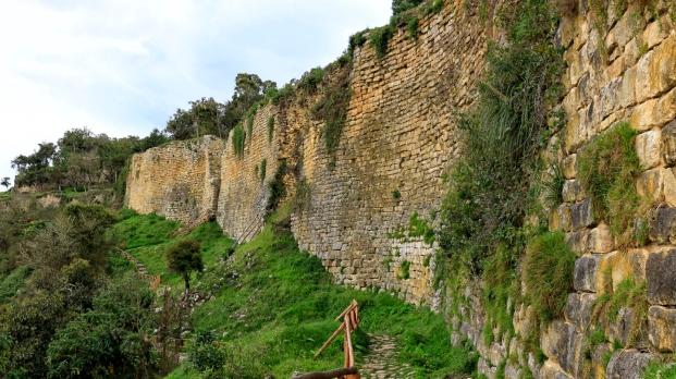 Immer an der Festungsmauer entlang