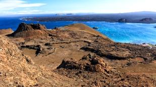 Vulkangestein in der Nachmittagssonne
