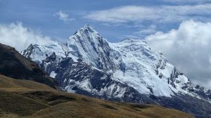 ...und hier schneebedeckte Berge