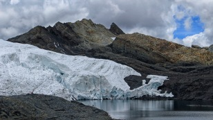 Der Pastoruri-Gletscher...