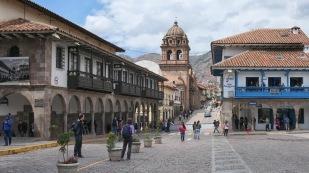 ...rund um die zentrale Plaza de Armas...