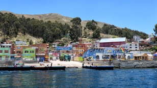 Der kleine Ort San Pedro de Tiquina