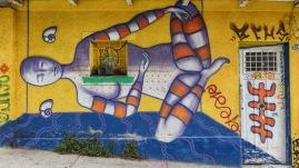 Streetart um vorhandene Elemente gestaltet
