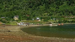 ...am Fjord mit kleinen...