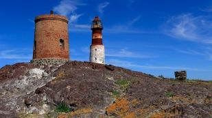 Leuchtturm und Ölkocherei, in der Seelöwen- und Walfett zu Öl gekocht wurden.
