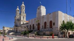 Kirche und Rathaus der Stadt