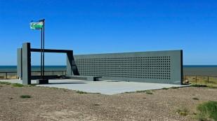 Auch hier wieder ein Denkmal für die Opfer des Falklandkrieges.