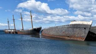 ...das weltweit erste Viermast-Vollschiff mit Eisenrumpf.