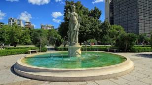 Springbrunnen an der Plaza San Martin
