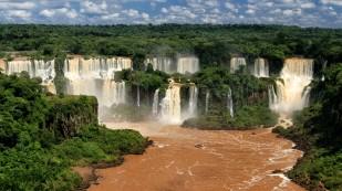 Die Wasserfälle von der brasilianischen Seite aus...