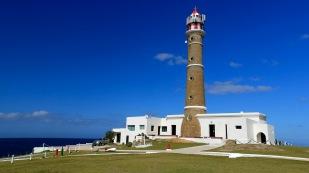 ...und 27 m hohen Leuchtturm